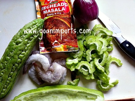 bitter-melon-squash-recheado-spice-recipe-shrimp-goan-food-goa-indian