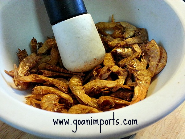 dry-roasted-shrimp-prawns-powder-recheado-masala-goan-recipes-fish