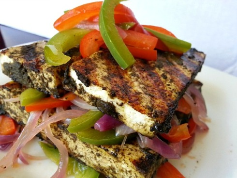 grilled-spicy-tofu-paneer-cafreal-masala-indian-spices-recipe
