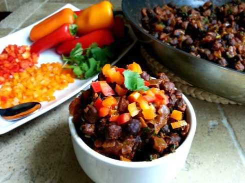 spicy-black-chana-garbanzo-beans-indian-recipe-xacuti-spice