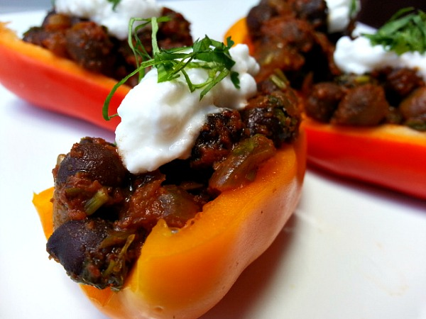 spicy-black-chana-garbanzo-beans-indian-recipe-xacuti-vegetarian-vegan-salads-idea