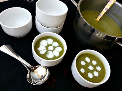 caldo-verde-soup-cream-of-spinach-portuguese-recipe-goan-spices-indian