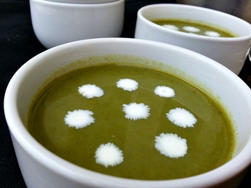 caldo-verde-soup-cream-of-spinach-portuguese-recipe-goan