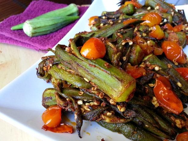 spicy-sauteed-okra-bhindi-masala-xacuti-recipe-indian-spices-goa-goan