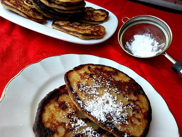 banana-pancake-goan-recipe-flour-vanilla