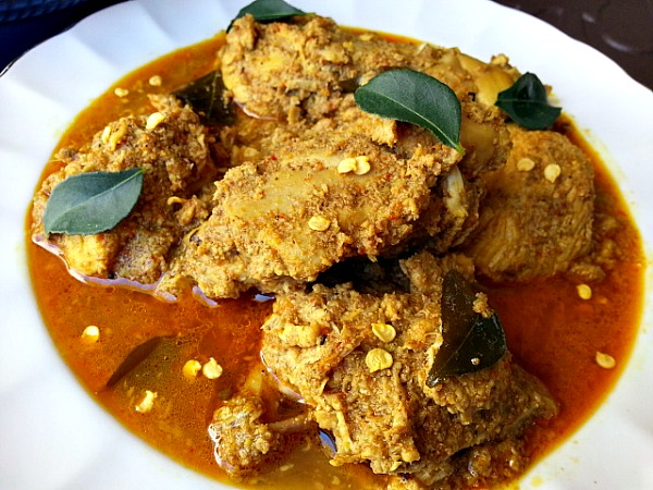 Chicken xacuti chicken curry made with roasted grated coconut chicken xacuti curry goan recipes roasted toasted cocount forumfinder Gallery