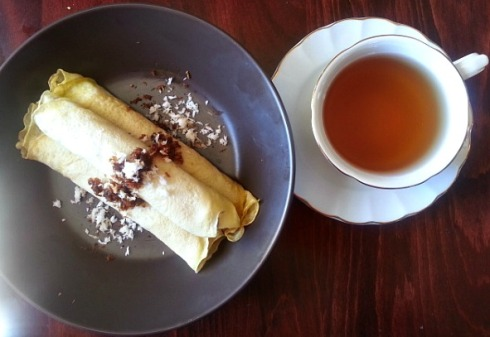 alle-belle-goan-coconut-jaggery-crepes-tea-snack-time