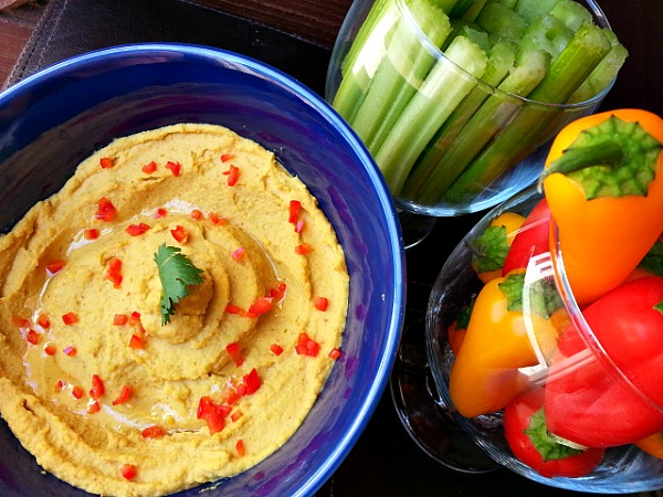 curry-hummus-dip-yogurt-recipe-spicy-appertizer-healthy-vegetarian