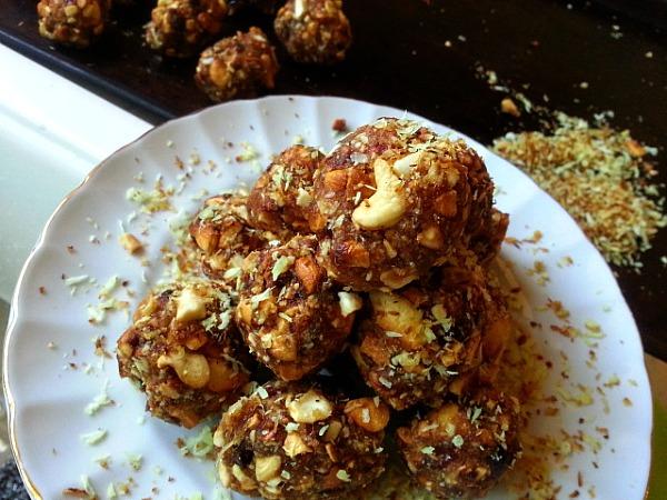 medjool-dates-cashews-coconut-balls-recipe-ladoos-toasted-roasted-cardamom