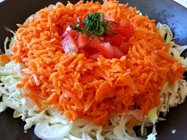goan-salad-vinegar-cabbage-carrots-ingredients-simple-quick