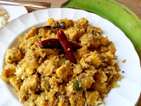 green-banana-plantain-vegetable-xacuti-recipe-bhaji-indian-spices-mix-garam-masala