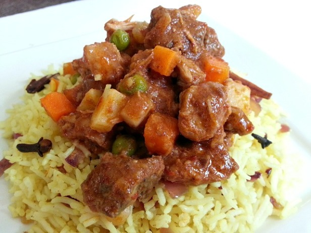 beef-stew-goan-chicken-pork-recipe-goan-spices-with-milk-pulao-rice