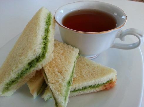 coriander-green-goan-chutney-recipe-bhel-puri-samosa-cilantro-coconut-pesto-vegan