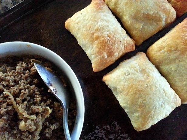 patties-goan-beef-snack-xacuti-masala-mince-puff-pastry