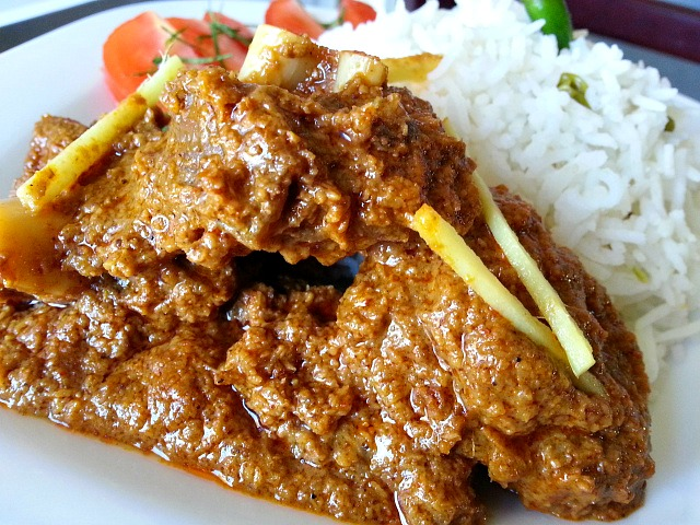 Goat xacuti curry goanimports goat meat xacuti curry goan indian recipe spicy forumfinder Images