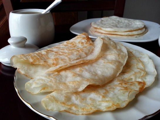 rice-pancakes-gluten-free-appam-coconut-milk-kerela-recipe-goan