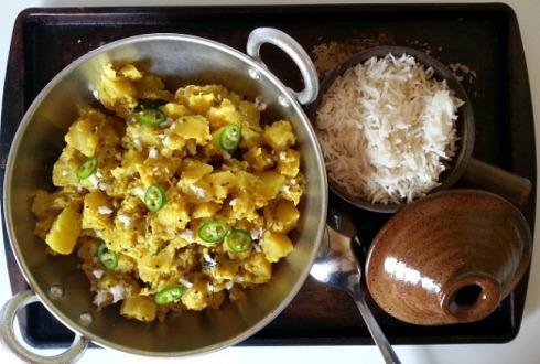 batata-bhaji-aloo-potato-subzi-ingredients-recipe-vegetarian-vegan