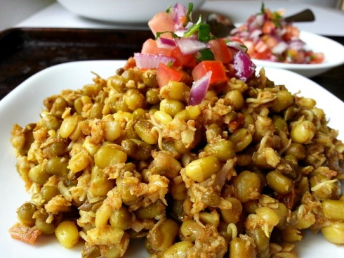 moong-mung-beans-dal-recipes-easy-indian-goan-curry-dosa-khichdi
