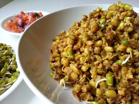 moong-mung-beans-dal-recipes-indian-goan-curry-sprouts