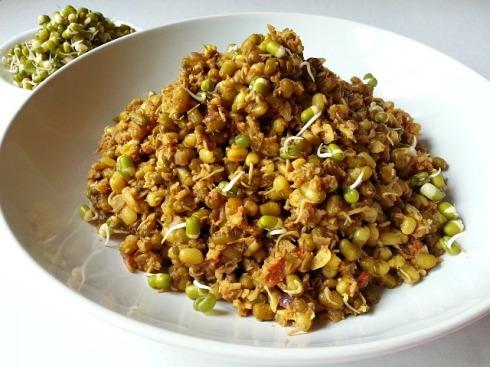 moong-mung-beans-dal-recipes-xacuti-masala-coconut-vegetarian-indian-goan-curry