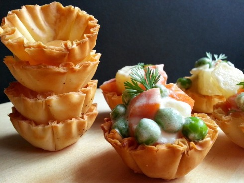 ussian-salad-ingredients-recipe-indian-goan-creamy-mayonnaise-dressing