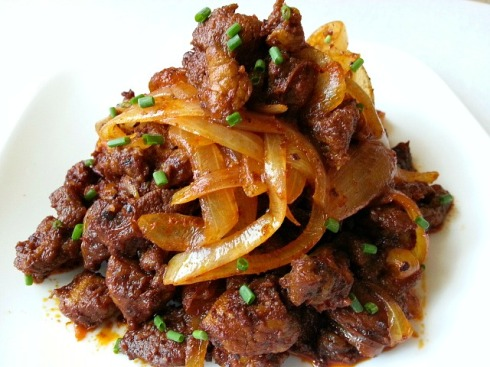 chorizo-choriz-sausages-meat-goan-chilli-fry-recipe
