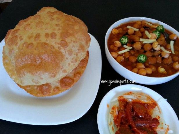 punjabi-chole-chana-bhature-bhatura-puri-masala-poori-bhaji-quick.