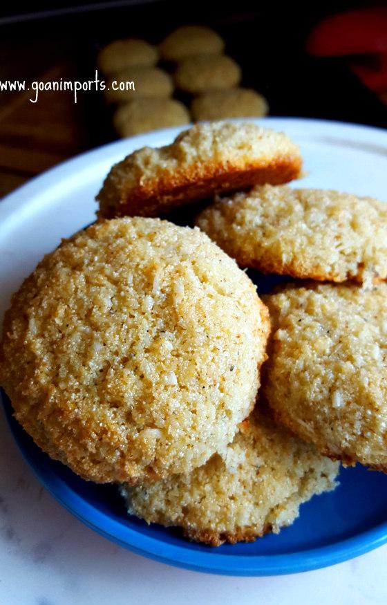 goan-sweet-bolinhos-bolinhas-coconut-recipe-baked-christmas-baath